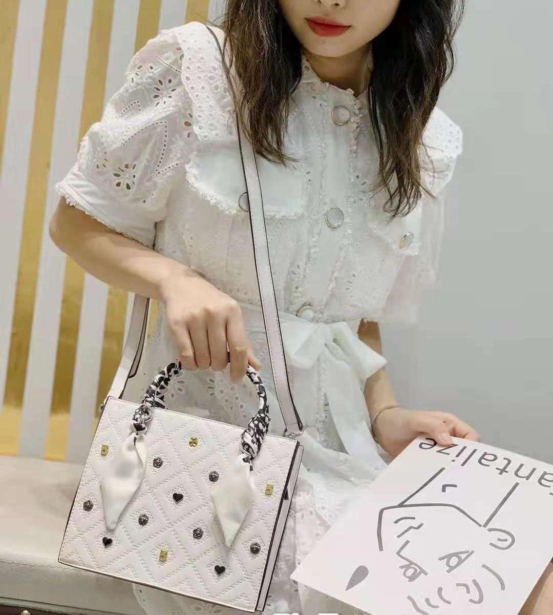 Chain Bag | Leather shoulder bag women's