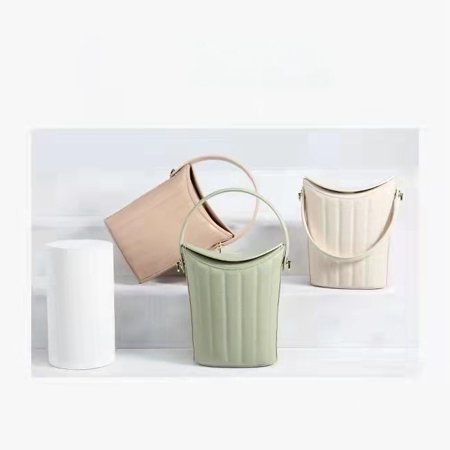 leather handbag manufactures